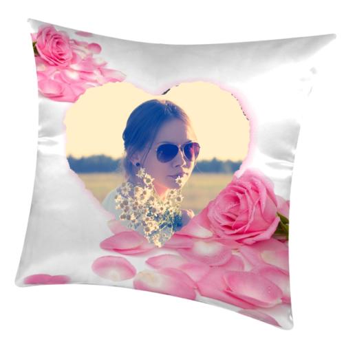 cuscino personalizzato con cuore rosa