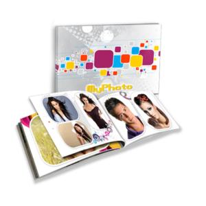 la tua collezione di foto racchiuse in uno splendido fotolibro