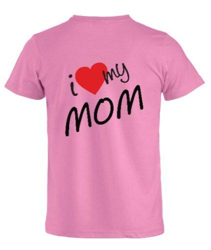 t-shirt personalizzata rosa con frase