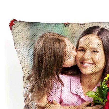 Paillettes su cuscino personalizzato