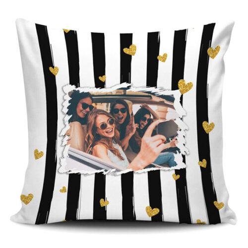 cuscino personalizzato a strisce con cuori